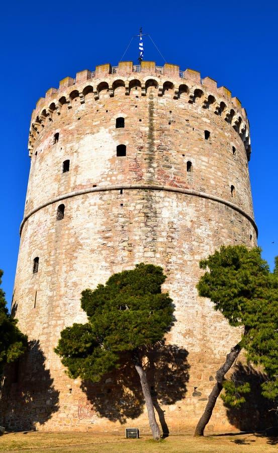 Salónica, Grecia Señal blanca de la torre fotos de archivo
