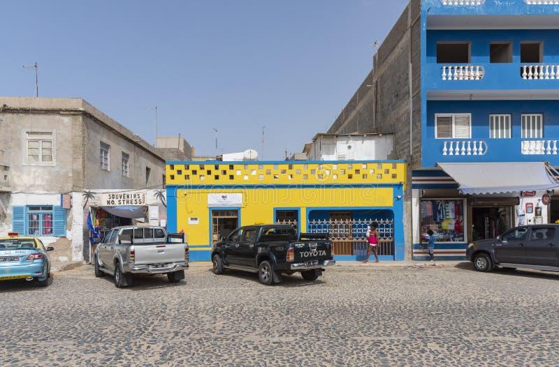 Sal parqueada Rei Cape Verde de la calle principal de los coches fotos de archivo libres de regalías