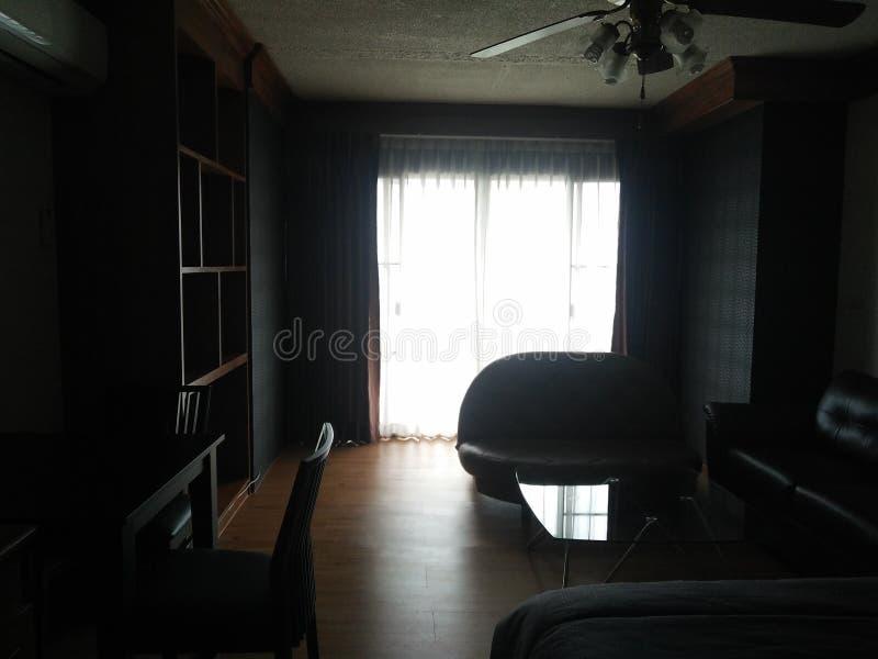 Sala da cama do condomínio para o sonho da noite fotografia de stock royalty free