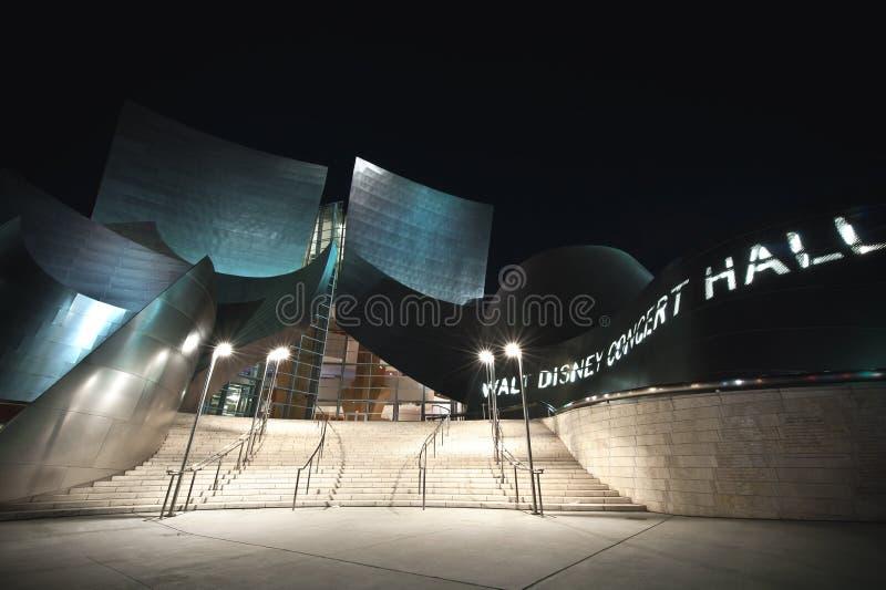 Sala da concerto del Walt Disney alla notte immagine stock libera da diritti