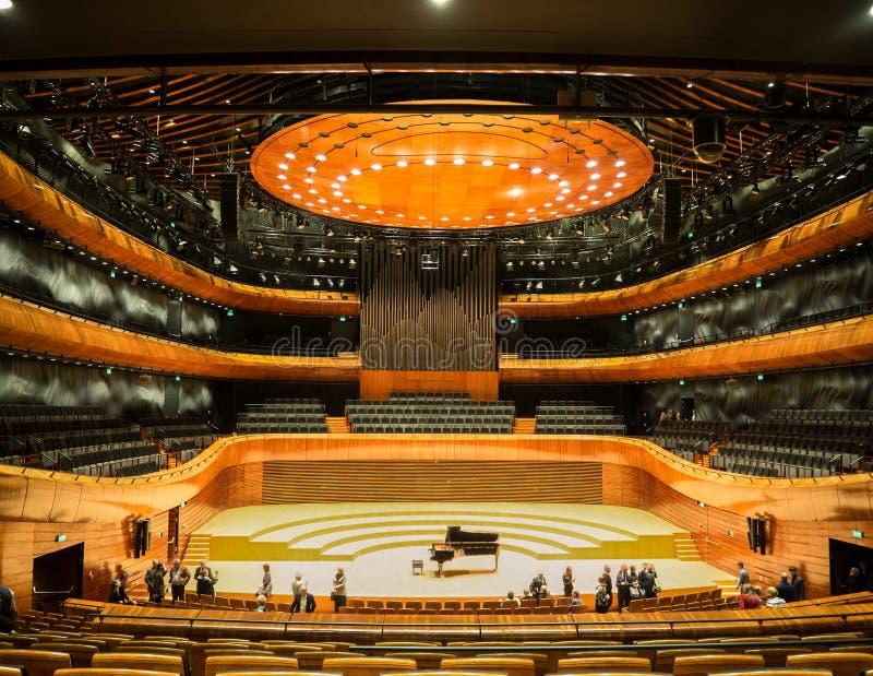 Sala da concerto moderna in Katowice, Polonia fotografia stock libera da diritti