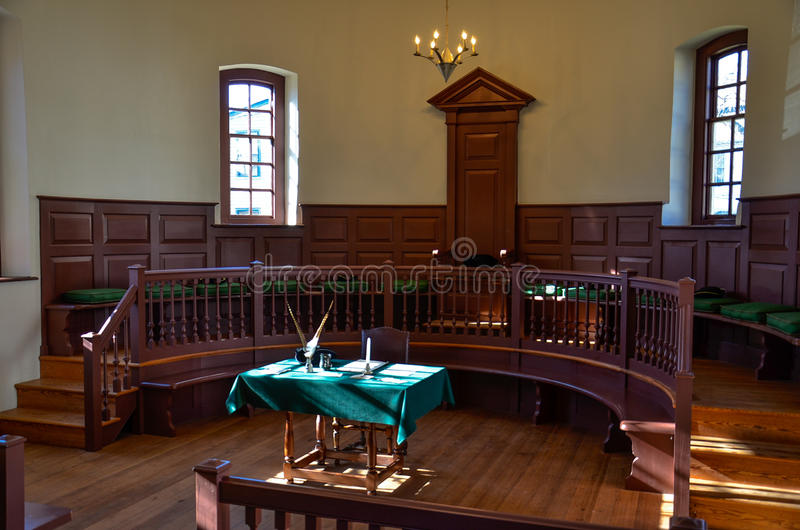 Sala da corte, Main Street, Smithfield, VA fotos de stock royalty free