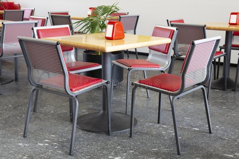 Sala da pranzo degli alimenti a rapida preparazione immagini stock libere da diritti