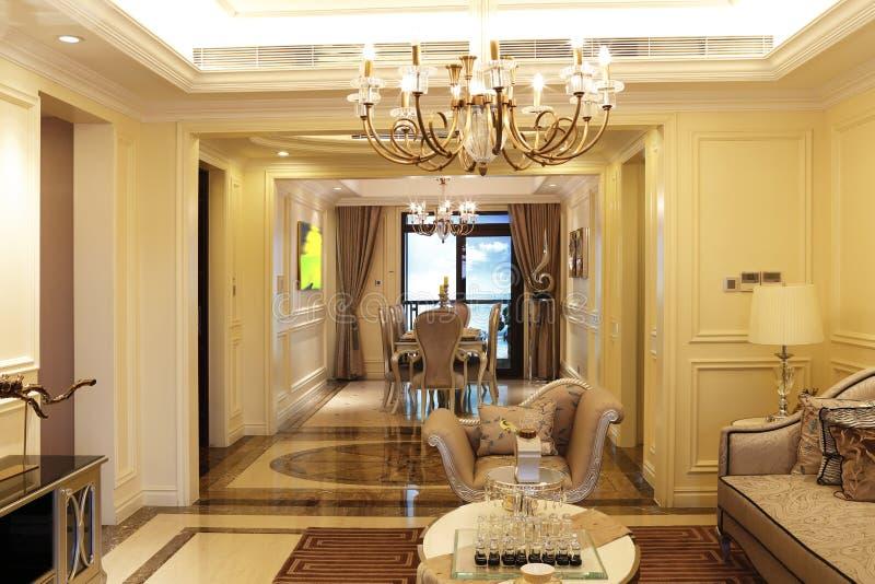 Sala da pranzo e salotto immagine stock immagine di for Disposizione salotto sala pranzo