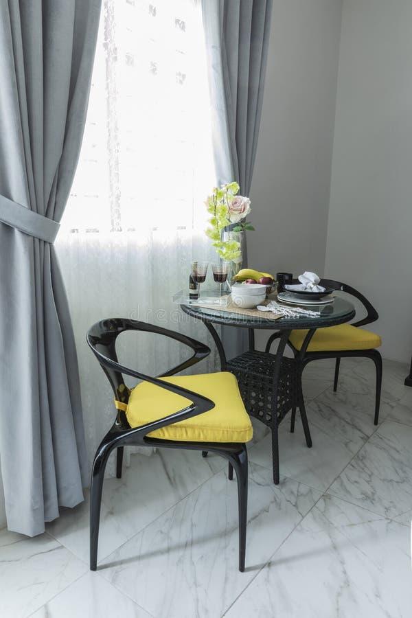 Piccola Sala Da Pranzo Moderna Foto Foto Stock Gratis E Royalty Free Da Dreamstime