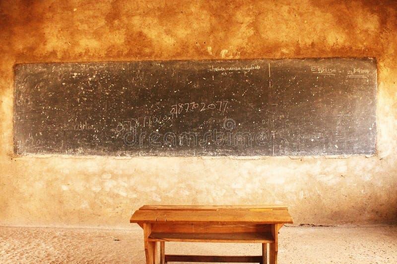 sala de aula na vila do Masai, Tanzânia foto de stock royalty free