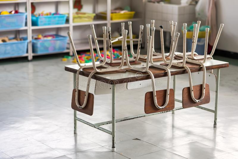 Sala de aula vazia do jardim de infância Fim do semestre fotografia de stock royalty free