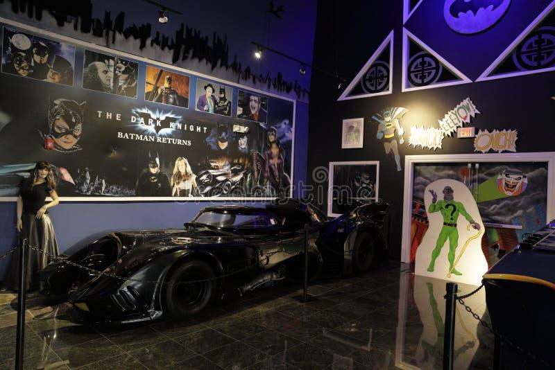 Sala de Batmobile da coleção de Dezer do museu de Miami auto fotografia de stock royalty free