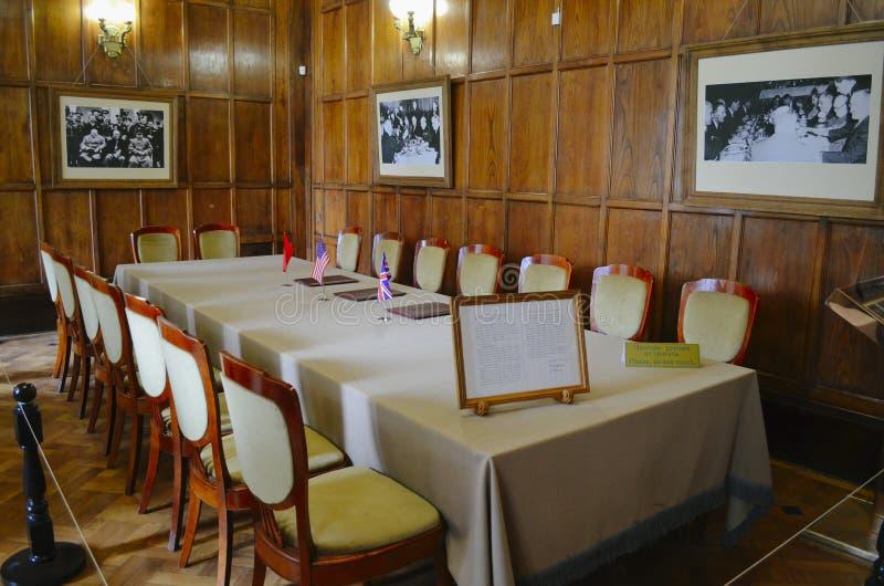 Sala de bilhar interior no palácio de Livadia, Crimeia imagens de stock royalty free