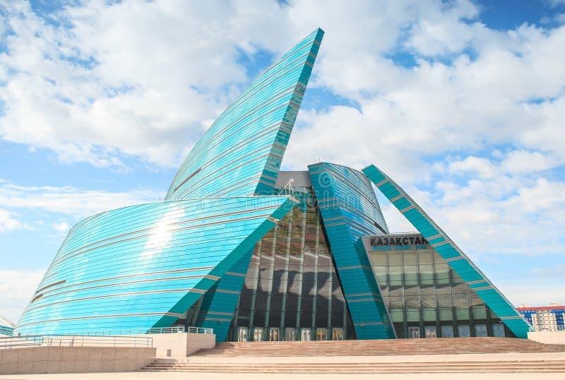 Sala de concertos - Astana imagens de stock
