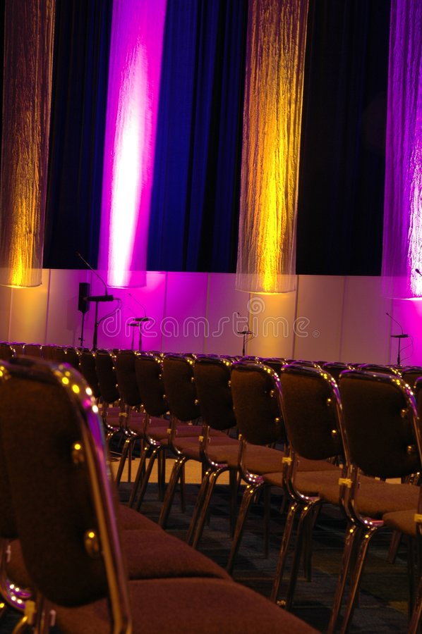 Sala de conferências colorida fotos de stock royalty free