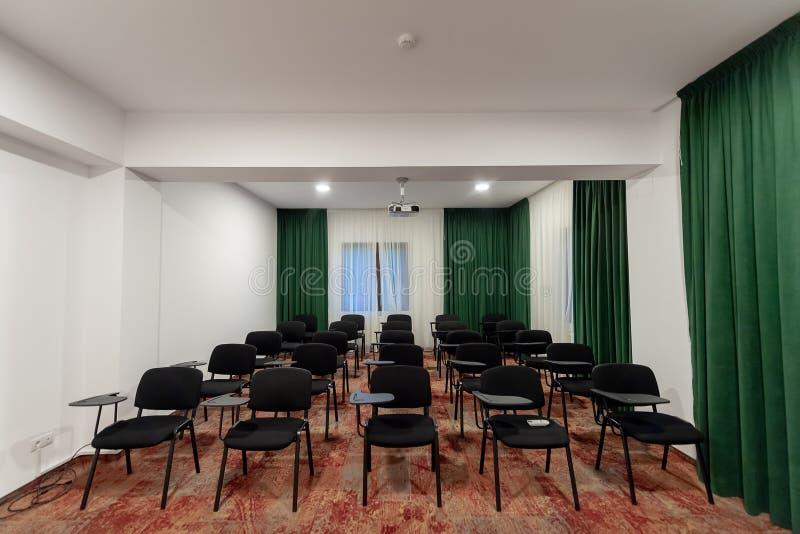 Sala de conferências no recurso do hotel fotografia de stock