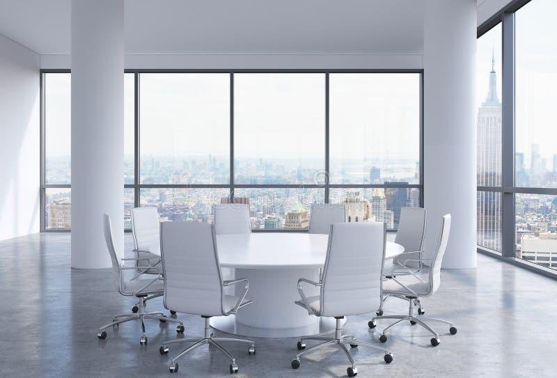 Sala de conferências panorâmico no escritório moderno em New York City Cadeiras brancas e uma mesa redonda branca ilustração do vetor