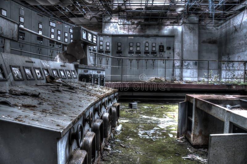 Sala de control de la electricidad de la fábrica fotografía de archivo libre de regalías
