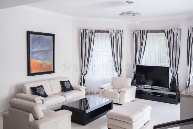 Sala de estar à moda fotografia de stock