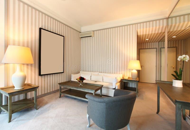 Sala de estar clásica cómoda imagen de archivo libre de regalías