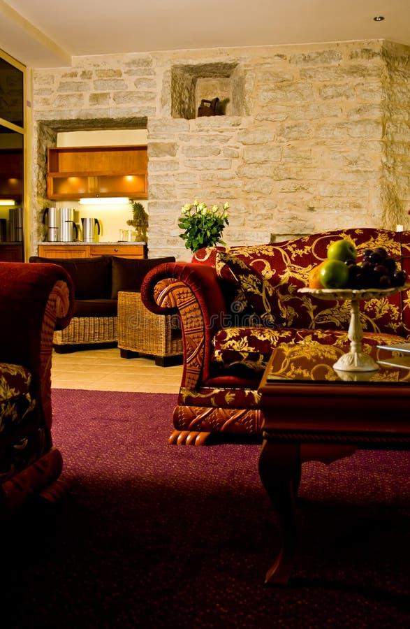 Sala de estar de la habitación de hotel fotografía de archivo libre de regalías