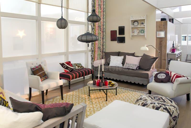 Sala de estar en estilo de país foto de archivo libre de regalías
