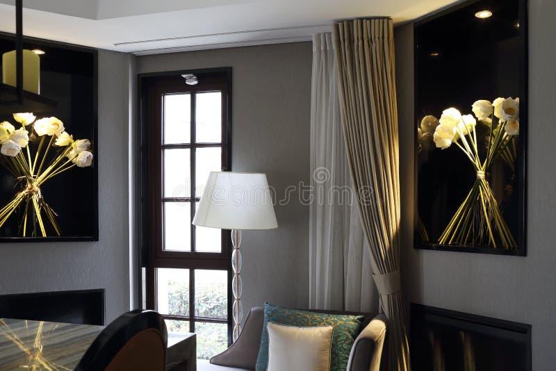 Sala de estar luxuoso do clube privado foto de stock royalty free