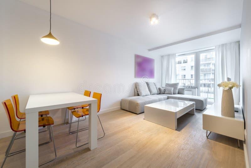 Sala de estar moderna del diseño interior fotografía de archivo