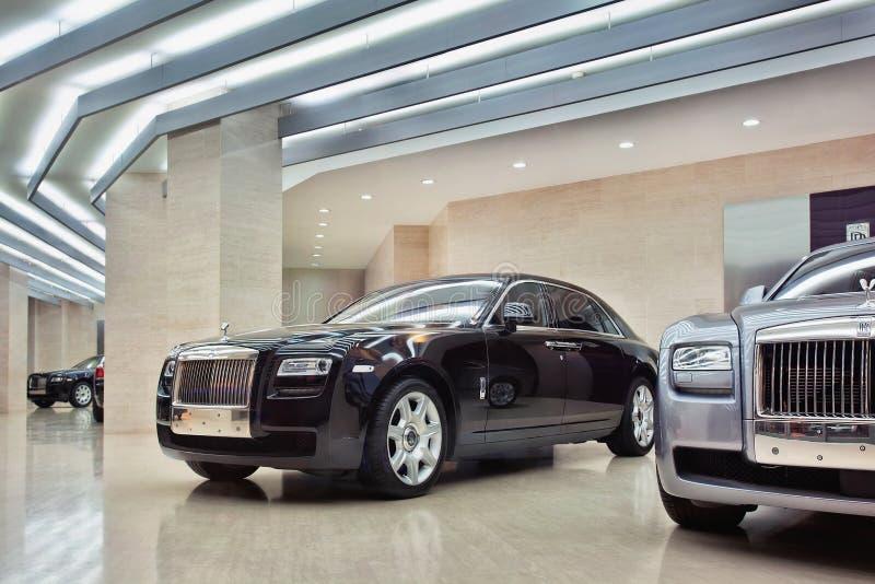 Sala de exposições de Rolls royce no Pequim, China imagens de stock royalty free