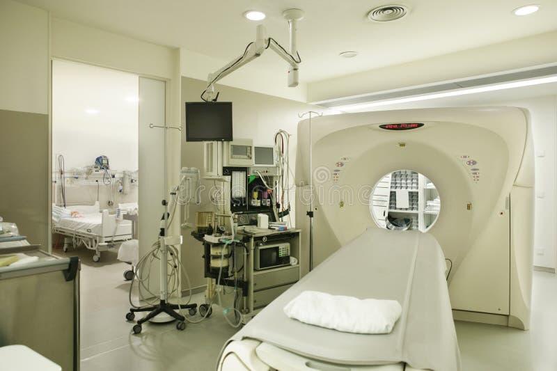 Sala de hospital axial computado do tomografia Área do diagnóstico da oncologia imagens de stock royalty free