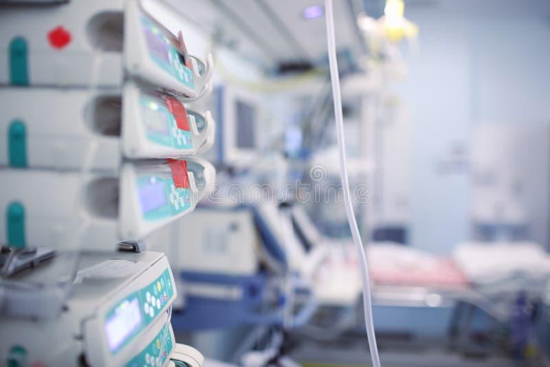 Sala de ICU en el hospital foto de archivo