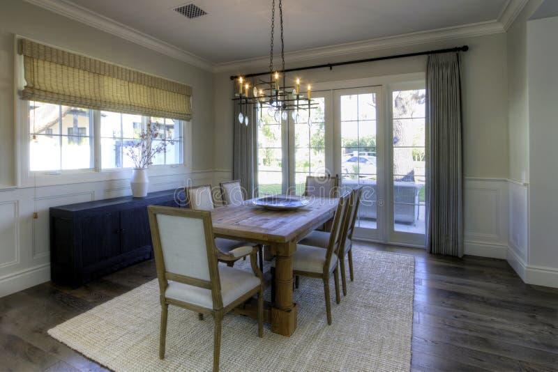 Sala de jantar da mansão foto de stock royalty free