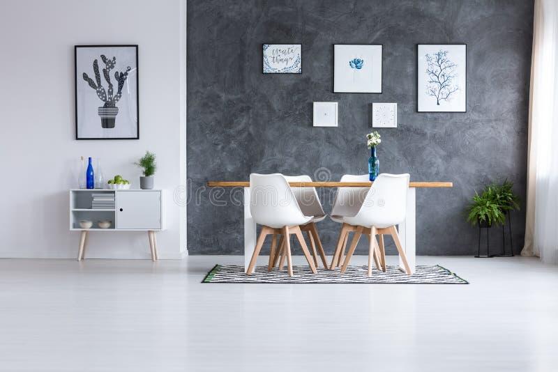 Sala de jantar escandinava do estilo ilustração royalty free