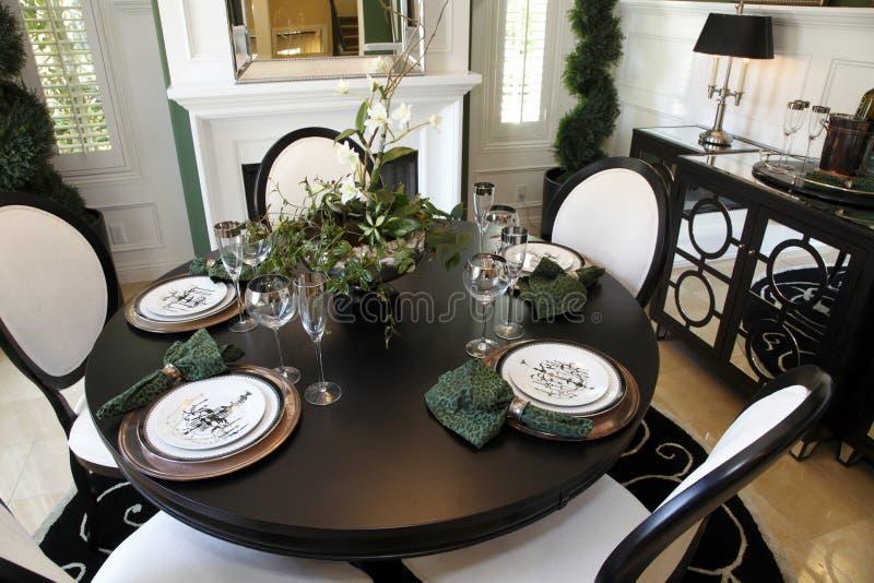 Sala de jantar home luxuosa foto de stock