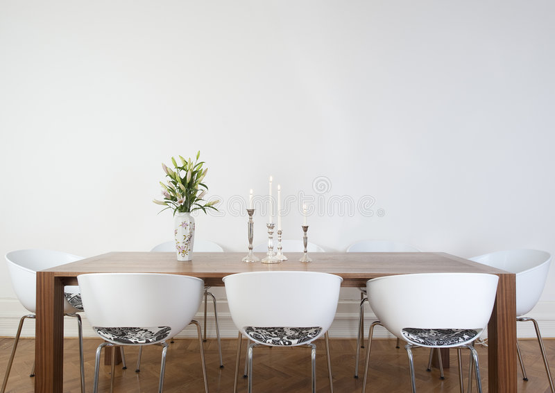 Sala de jantar moderna imagens de stock royalty free