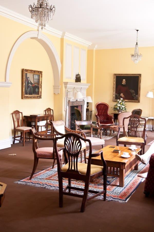 Sala de jantar tradicional na Universidade de Cambridge imagens de stock royalty free