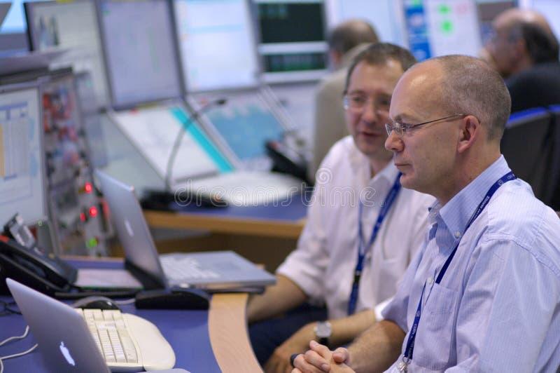 Sala de mando del ATLAS de la CERN imagen de archivo