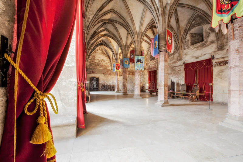 Sala de recepção medieval do castelo foto de stock royalty free