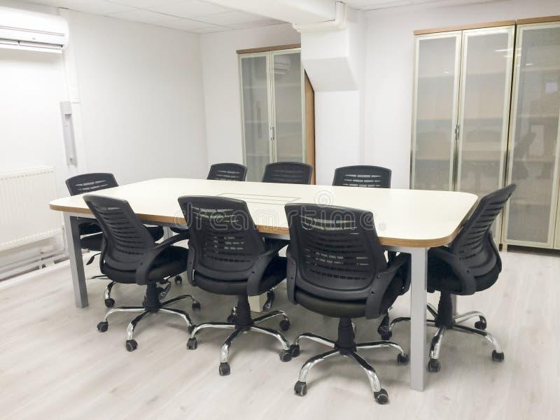 Sala de reunião do escritório imagens de stock