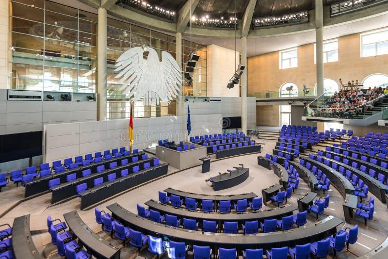 Sala de reunião plenária de Salão da barreira alemão de Deutscher do parlamento imagens de stock royalty free