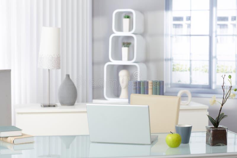 Sala de visitas à moda imagens de stock