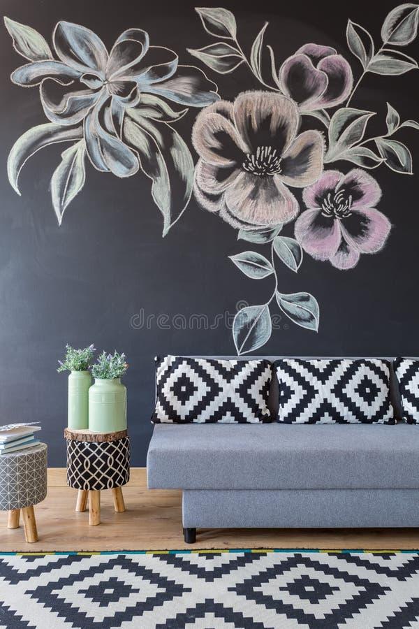 Sala de visitas floral acolhedor foto de stock royalty free