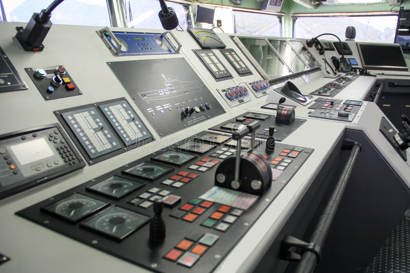 Sala di controllo di capitano di nave immagine stock libera da diritti
