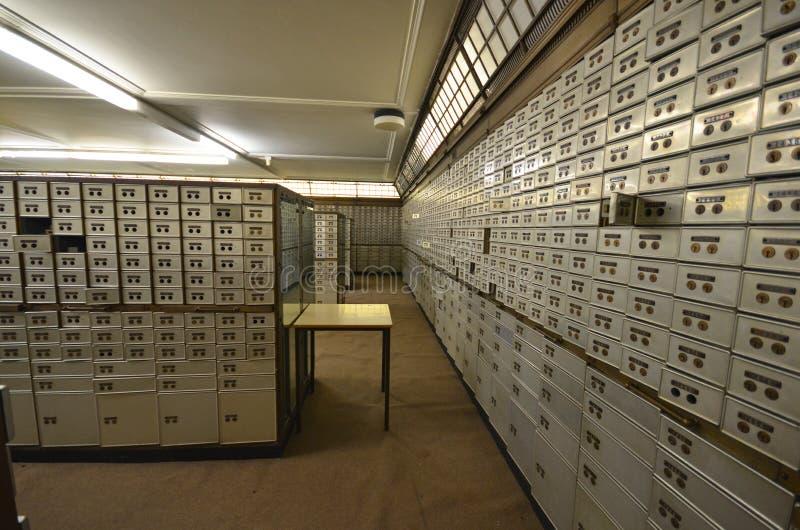 Sala do cofre-forte de banco imagens de stock