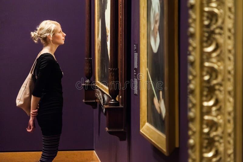 Sala do museu de belas artes de Montreal imagens de stock