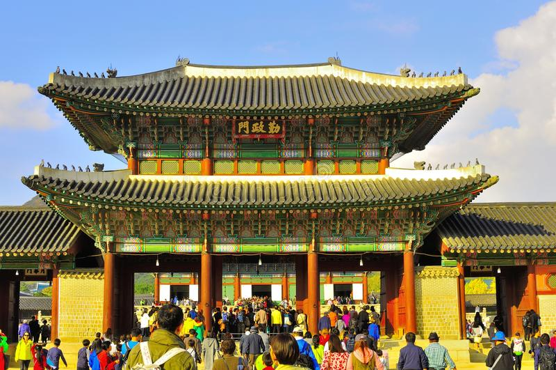 Sala do trono de Kyongbok no palácio de Gyeongbokgung, Coreia fotos de stock royalty free