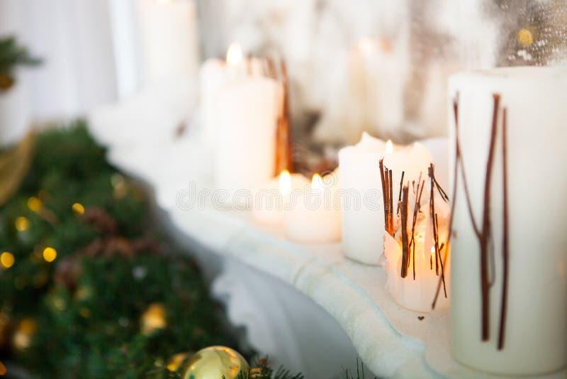 Sala interior decorada no estilo do Natal Nenhuns povos Um vazio fotografia de stock royalty free