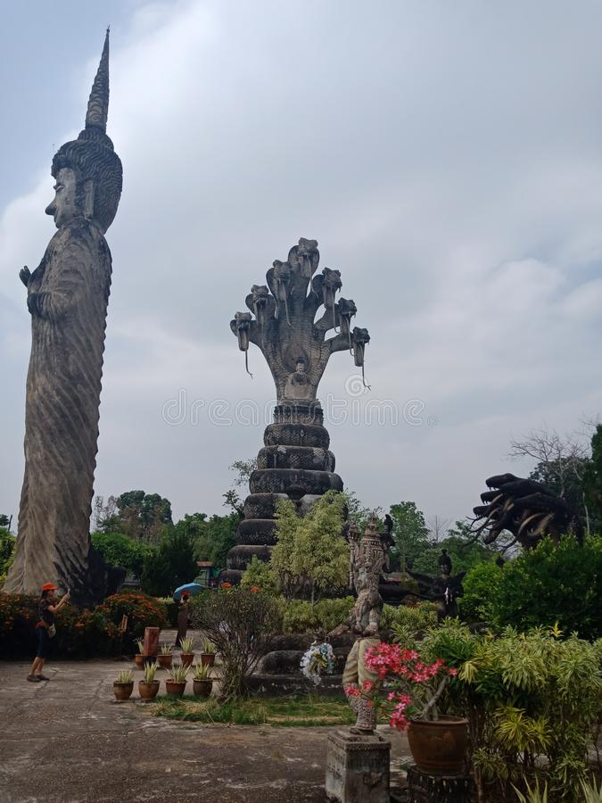 Sala Kaew Park Devawanen parkerar av tro royaltyfri fotografi