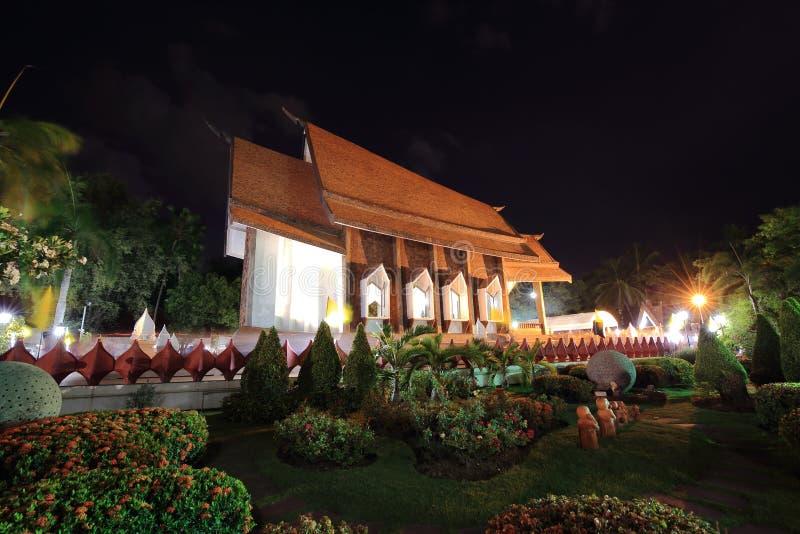 Sala Loi Temple-kerken bij nacht stock foto's