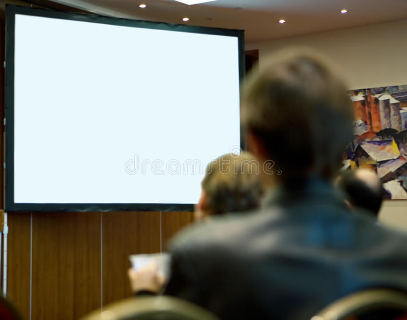 Sala per conferenze in pieno di partecipazione della gente immagine stock libera da diritti