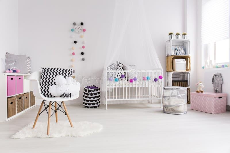 Sala projetada nova para a menina imagem de stock