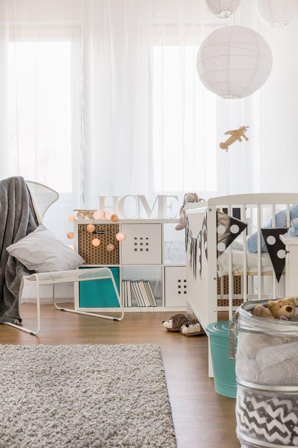 Sala projetada para a criança pequena foto de stock royalty free