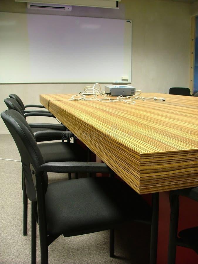 Download Sala riunioni immagine stock. Immagine di raduno, gestione - 215879