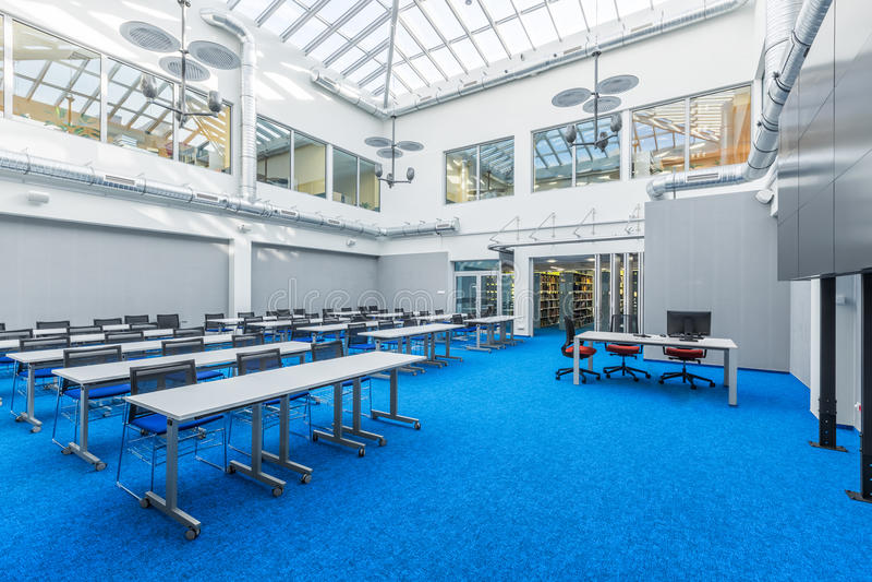 Sala riunioni delle biblioteche fotografia stock libera da diritti